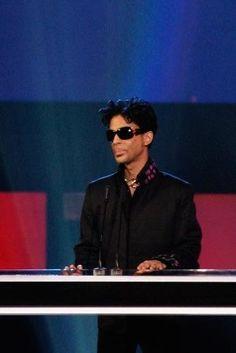 Prince - RIP Prince: A Life in Photos