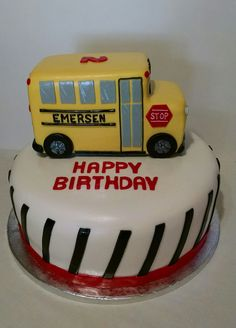 The Wheels on the Bus cake