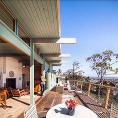 """Good morning, San Diego... Just another winter day. #architecturalselfie #sandiego #architecture #midcentury #modernism"""
