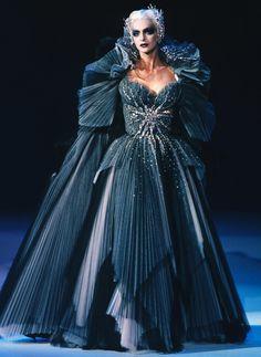 Simonetta Gianfelici, Thierry Mugler F/W 1997 Haute Couture