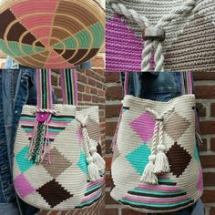 This Pin was discovered by Ele Tapestry Bag, Tapestry Crochet, Crochet Handbags, Crochet Purses, Tunisian Crochet, Crochet Yarn, Crochet Accessories, Handmade Accessories, Mochila Retro