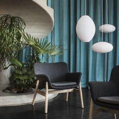 VEDBO fauteuil | IKEA IKEAnl IKEAnederland nieuw stoel woonkamer kamer interieur wooninterieur inspiratie wooninspiratie design trend trends plant planten grijs hout duurzaam natuurlijk meubel tijdloos modern