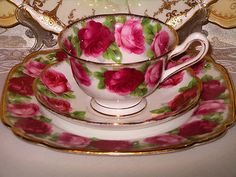 Royal Albert... Old English Rose