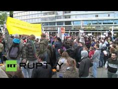 Germany: Merkel heckled over Ukraine at CDU campaign event - YouTube