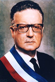 Salvador Allende was a Chilean physician and politician, known as the first Marxist to become president of a Latin American country through open President of Chile American Country, World Famous, Trending Memes, Famous People, Black Women, History, Image, Empanadas, Amor
