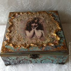 1 million+ Stunning Free Images to Use Anywhere Decoupage Box, Decoupage Vintage, Decor Crafts, Diy And Crafts, Pretty Storage Boxes, Shabby Boxes, Altered Cigar Boxes, Free To Use Images, Handmade Cushions