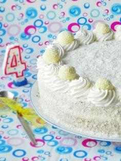 Tort cu crema de ciocolata alba - Dulciuri fel de fel Coco, Birthday Cake, Desserts, Bookmarks, Pastries, Tailgate Desserts, Deserts, Birthday Cakes, Marque Page