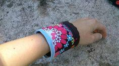KajDom / Kvietkovaná peňaženka Cuff Bracelets, Handmade, Jewelry, Fashion, Moda, Hand Made, Jewlery, Jewerly, Fashion Styles