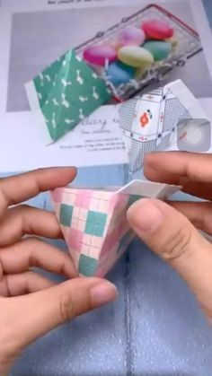 Diy Crafts Hacks, Diy Crafts For Gifts, Easy Diy Crafts, Diy Crafts Videos, Creative Crafts, Diy Videos, Cool Paper Crafts, Paper Crafts Origami, Diy Paper