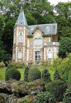 Gardens of Château de Marqueyssac, France