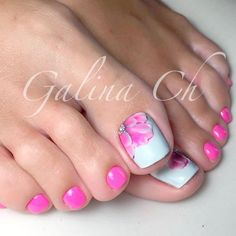 Amazing Toe Nail Designs picture 2 ★ Explore trendy and classy, cute and elegant toe nails designs for summer and beach vacation. You will love our easy ideas. Pretty Toe Nails, Cute Toe Nails, Fancy Nails, Toe Nail Art, Pink Nails, Pink Toes, Flower Toe Nails, Pretty Pedicures, Hair And Nails