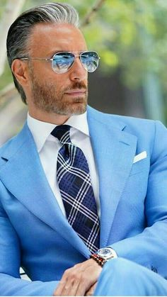 Mens fashion classy gentleman style 27 – Vario Wall Source by Mens Fashion Blog, Mens Fashion Suits, Mens Suits, Fashion Trends, Men's Fashion, Fashion Guide, Fashion Menswear, Fashion Stores, Fashion Advice