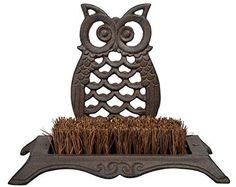 Outdoor shoe scraper and brush. Owl Boot brush is made out of cast iron. 1 x Owl Boot Brush. Made out of cast iron. We stand behind our products. Owl Shoes, Boot Brush, Fallen Fruits, Esschert Design, Thing 1, Iron Doors, Discount Curtains, Cleaning Kit, Cast Iron