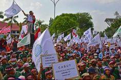 Ribuan Buruh Kehutanan  Demo Pembatalan Permen-LHK P.17/2017 Tentang HTI