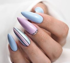 Find images and videos about beauty, nails and acrylic nails on We Heart It - the app to get lost in what you love. Almond Acrylic Nails, Best Acrylic Nails, Summer Acrylic Nails, Summer Nails, Almond Nails, Chic Nails, Dope Nails, Stylish Nails, Trendy Nails