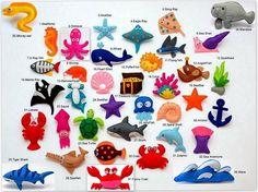 Imanes miniatura lindos de las CRIATURAS del MAR y de los PESCADOS hechos de la tela colorida del fieltro. Estas criaturas marinas de felpa son diseñadas originalmente como una gran decoración para el hogar o regalos adorables para sus seres queridos, educativos para niños, diversión para todas las edades.  (El precio es por 1 artículo)  1. Caballo de mar 2. Pulpo 3. Estrella de mar (azul claro) 4. Rayo de águila 5. Picadura rayo (mantarraya) 6. Caracol de mar 7. Peces de rayos X 8…