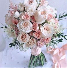 62 Ideas wedding colors romantic bridesmaid bouquets for 2019 Summer Wedding Bouquets, Wedding Colors, Flower Decorations, Wedding Decorations, Honey Wedding Favors, Autumn Bride, Creative Wedding Ideas, Bridal Flowers, Flower Arrangements
