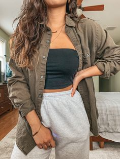 How I Save Money When Shopping — Totally Becky cozy runnin out outfit Party Outfits For Women, Lazy Day Outfits, Cute Comfy Outfits, Womens Workout Outfits, Trendy Outfits, Fashion Outfits, Fashion Fashion, Korean Fashion, Runway Fashion