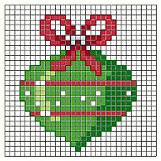 New Crochet Christmas Free Ornaments Cross Stitch Ideas Xmas Cross Stitch, Cross Stitch Christmas Ornaments, Cross Stitch Cards, Beaded Cross Stitch, Cross Stitch Baby, Cross Stitching, Cross Stitch Embroidery, Crochet Christmas, Christmas Cross