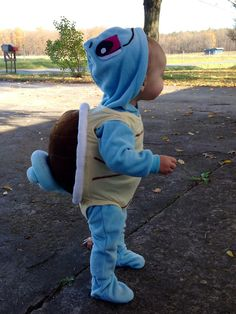 D.I.Y: Do you want to build a Squirtle? A perfect costume for your baby..