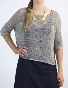 The cocoknits Leonie is a relaxed, slouchy tee that you'll knit up quickly and wear constantly. But there is a bonus—the pattern will add some techniques to your knitting repertoire. Learn how to work