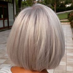 60 Gorgeous Gray Hair Styles - Best Hairstyles & Haircuts for Men and Women in 2019 Short Silver Hair, Short Grey Hair, Silver Grey Hair, Grey Blonde, Blonde Bobs, Medium Hair Styles, Curly Hair Styles, Corte Y Color, Short Bob Hairstyles