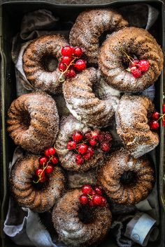 Chocolate And Coconut Friands (Financiers) (Baking Cookies Photoshoot) Cupcakes, Cupcake Cakes, Bundt Cakes, Cupcake Recipes, Baking Recipes, Baking Ideas, Friands Recipe, Breakfast Desayunos, Small Cake