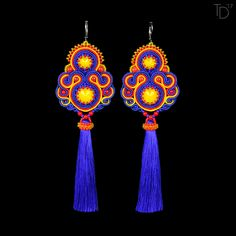 »Colour Theory« soutache earrings with Japanese TOHO seed beads, Swarovski rivoli crystals, Czech pressed rounds, Czech soutache braids, silk tassels, stainless steel earwires, leatherette.