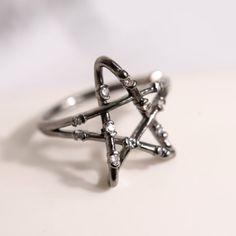 Crystal Openwork Star Ring