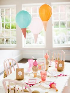 I like the simplicity of this ice cream party design