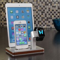 Enblue - PREMIUM ONE W3 TRIPLE Dock & Charging stand for Apple Watch, iPhone and iPad
