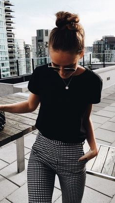 """summer outfits Black Tee Gingham Pants -> SALE up to off Fashio . - SALE bis auf Fashio…""""> summer outfits Black Tee Gingham Pants -> SALE up to - Black Tees, Black And White Pants, Black And White Style, Black Plaid, Black Pants Summer, Blue Denim, White Jeans, Looks Style, Looks Cool"""