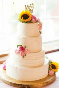 Country Wedding Cakes, Wedding Cake Roses, Fall Wedding Cakes, Wedding Cake Rustic, Wedding Desserts, Wedding Cakes With Sunflowers, Rustic Wedding Colors, Rustic Wedding Inspiration, Rustic Theme