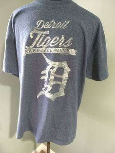 873c3f44db8 Mens Detroit Tigers MLB Baseball Short Sleeve Tee T-Shirt Material: cotton  polyester Approximate Measurements: Underarm to Underarm: inches Length: 28  ...