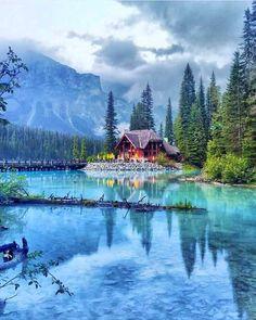 Emerald Lake, Rocky Mountains Canada, an by Chloe Hibbert from Calgary Alberta. Canada National Parks, Yoho National Park, Parks Canada, Cool Places To Visit, Places To Travel, Places To Go, Rocky Mountains, Beautiful World, Beautiful Places