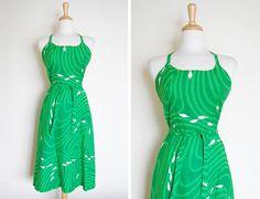 Vintage 1960s 60s Malia Honolulu Cotton Green Mod by cutxpaste