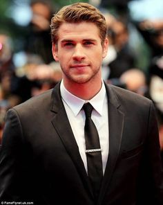 liam hemsworth - AOL Image Search Results