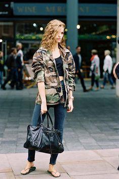 Vanessa Jackman: London Fashion Week SS 2017....Luna