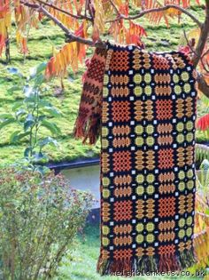 Coal Black & Pumpkin Tapestry quilt