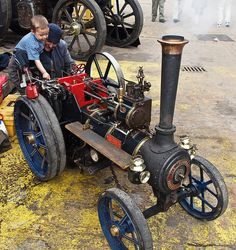 Burrell miniature steam traction engine 'Sam'