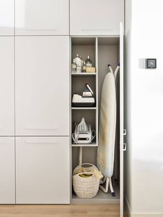 make better everyday tasks simple with these utility room storage ideas 19 Lounge Design, Design Room, Küchen Design, Home Design, Interior Design Living Room, Living Room Designs, Utility Room Storage, Laundry Room Organization, Entryway Shoe Storage