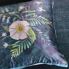 Decorative Furnishings - X - Fritillaria Malachite Cushion Exterior Design, Interior And Exterior, Floral Cushions, Designers Guild, Luxury Home Decor, Botanical Prints, Malachite, Decorative Pillows, Tapestry