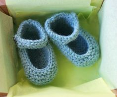 These knitted Mary Jane booties are my favorite new baby gift. The pattern is so simple and can be found here (for free!). This pattern uses less than one skein of sport weight yarn, making it the …