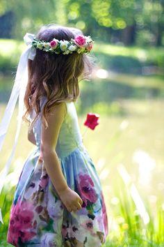 32 Touching And Cute Summer Flower Girls Looks Flower Girls, Flower Girl Dresses, Baby Kind, Easter Dress, Birthday Dresses, Summer Flowers, Beautiful Children, Little Princess, Bunt