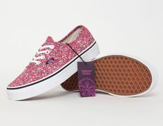 #Vans x #Liberty Authentic Flowers
