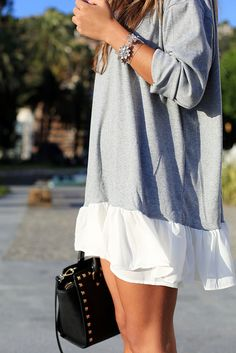 I think I could sew a wide ruffle to the bottom of an oversized tee = cute summer dresses!