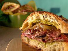 Cuban Steak Sandwiches - Top 15 Cuban Dinner Recipes of 2012 Steak Sandwich Recipes, Cuban Sandwich, Soup And Sandwich, Sandwich Ideas, Quesadillas, Cuban Recipes, Dinner Recipes, Dinner Ideas, Lunch Ideas