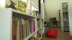 Nu går det att låna böcker och annat material på Tenala bibliotek också när personalen inte är där. Biblioteket har meröppet måndag till fredag mellan klockan 8 och 19.