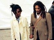 Resultado de imagem para lauryn hill e bob marley My Black Is Beautiful, Beautiful Couple, Black Love, Beautiful Things, Natural Afro Hairstyles, Cool Hairstyles, Natural Hair Styles, Lauren Hill, Marley Family