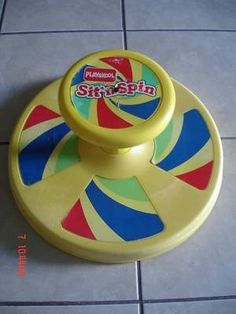 The sit n spin, probably not the safest toy but it was fun, it was no different than what we do in our office chairs today :) - Kristi Savat - Deep Nostalgia 90s Childhood, My Childhood Memories, Sweet Memories, My Little Kids, Old School Toys, Retro Toys, Vintage Toys 80s, 1970s Toys, Vintage Fisher Price